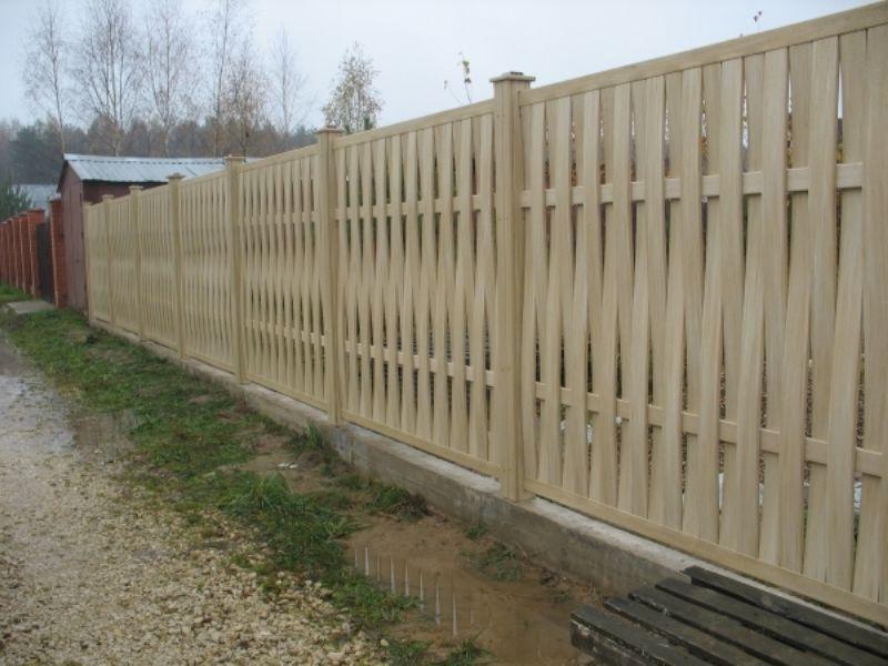 Как сделать забор плетеный из доски