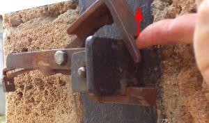 Виды защелок на калитки и самостоятельное изготовление