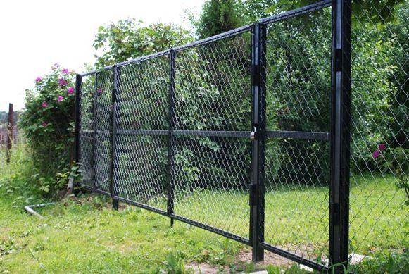 Ворота из сетки рабицы материалы