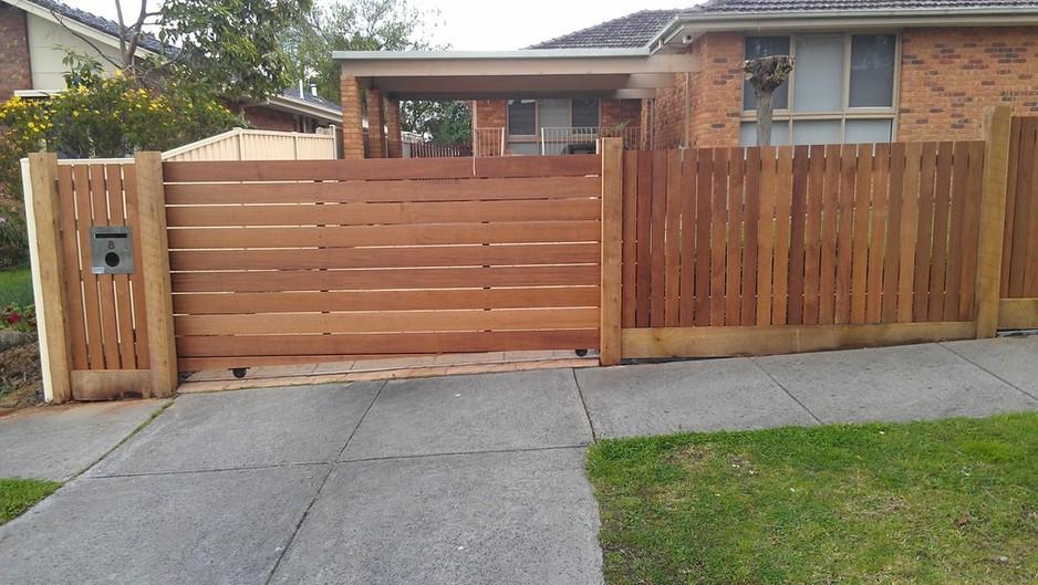 Ворота на роликах на дачу фото простые ворота и калитки