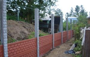 Достоинства и недостатки различных видов бетонных заборов