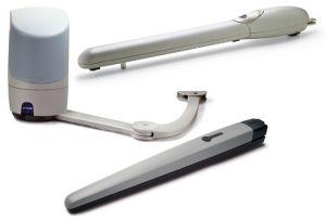 Разновидности автоматики для распашных изделий