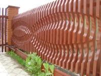 Декоративные заборы для дачи: виды, как сделать
