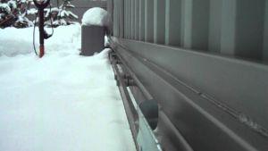 Влияние погодных условий на работу электрического доводчика ворот в зимнее время