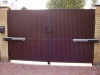 Электрический доводчик для ворот: виды