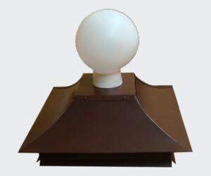 Крышка со светильником для защиты и освещения колонны