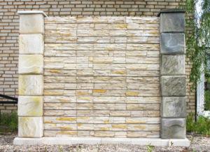 Чем можно облицовывать забор и как это сделать на примере камня