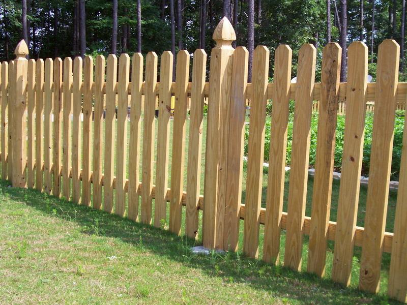 Забор из штакетника для дачи своими руками